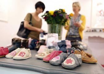 Internationales Flair und schicke Schuhe locken die Besucher auf die GDS.