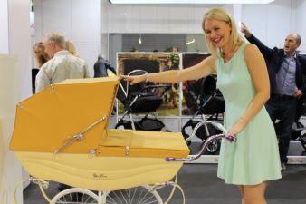Ein Kinderwagen der Extraklasse: Sarah Brooksbank, Retail Brand Manager von Silver Cross, gefällt das Modell Balmoral.
