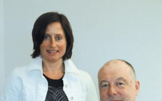 Geschäftsführender Vorstand Ralf Deschner und Prokuristin Claudia Götz.