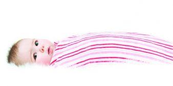 Im Winter kommen weniger Babys zur Welt. Foto: aden+anais