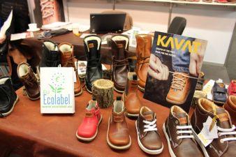 Neben Kleidung waren auf der INNATEX auch Schuhe für die ganze Familie ein Thema.
