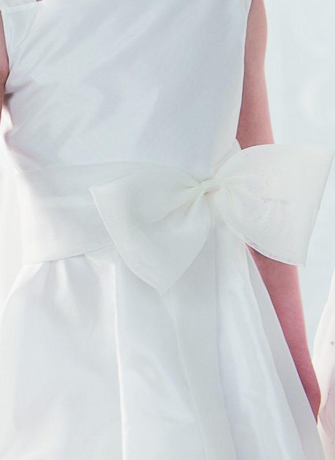 Die Emmerling-Kleider sind in 17 Größen erhältlich.