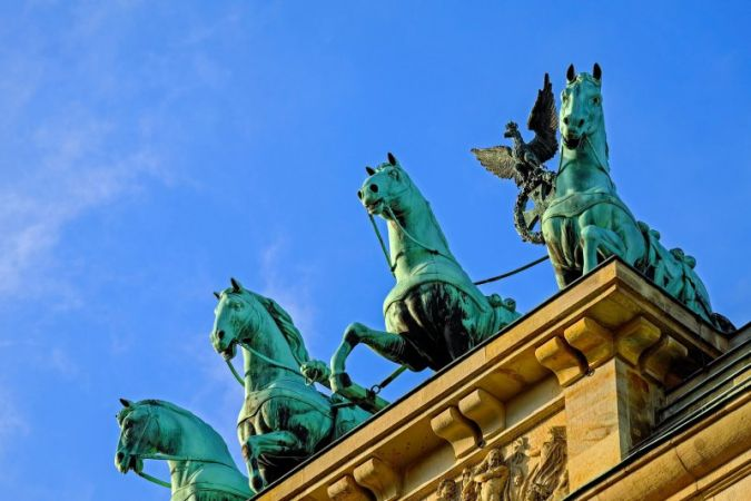 Berlin-Brandenburger-Tor.jpg