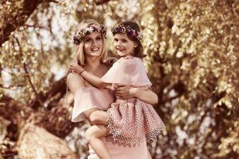 Min-Mutter-Tochter-Blumenkranz.jpg