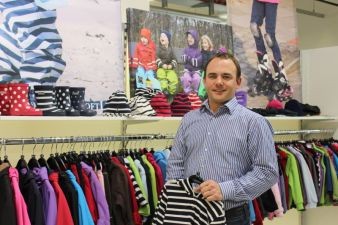 Innovativ: Die neuen Jacken von BMS sind mit dem Daunenersatz Sorona von Dupont gefüttert, erklärte Mikko Schröder.