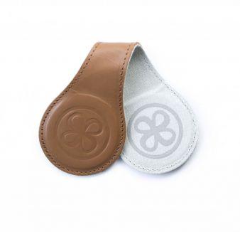Cloby-Lederclips-braun-Produkt.jpg