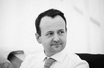 Martin Boyle, Managing Director iCandy World Ltd., im baby&junior-Interview zum Thema Farbauswahl bei Kinderwagen.