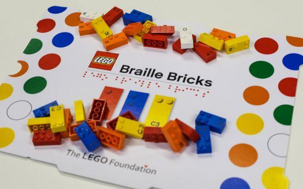 Lego Steine mit Brailleschrift