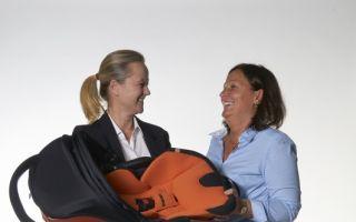 Bettina Würstl (rechts) zusammen mit Sabine Schrenk, Head of Marketing & PR kiddy.