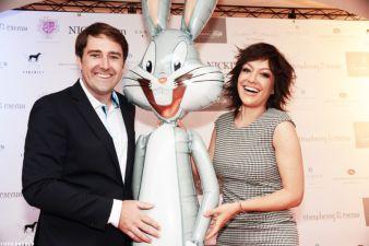 """Moderatoren unter sich: Philipp Bächstädt von """"Nicki's"""" mit Miriam Pielhau und Bugs Bunny."""