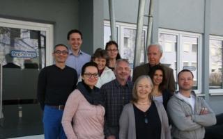 Geschätzter und zudem exklusiver deutscher Vertriebspartner von Peg-Pérego: das PEG-Team in Dachau mit Angelika Gietl (ganz vorne), Walter Gietl...