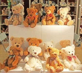 Bei aller Innovation ist es schön, auch den guten alten Teddy in Nürnberg wieder zu treffen. Foto: Uli Kowatsch