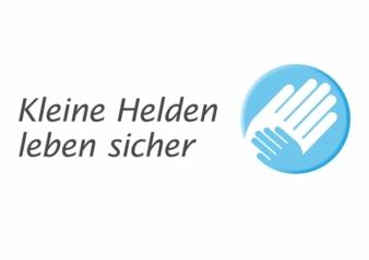"""Im Fokus der Initiative """"Kleine Helden leben sicher"""" steht das Thema """"Kindersicherheit im Auto""""."""