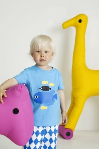 MARIMEKKO: Wo bitte geht's hier zum Aquarium? Das T-Shirt heißt Nasse. Wie p-asse-nd. www.marimekko.com