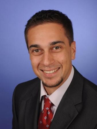 Marco Gund: Sales Department