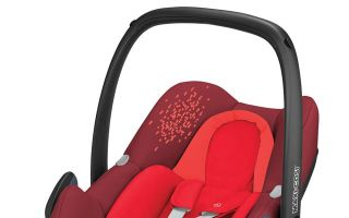 maxicosi_babycarseat_rock_red